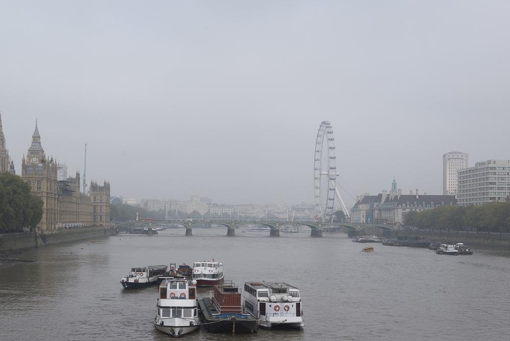 A foggy morning in London.jpg