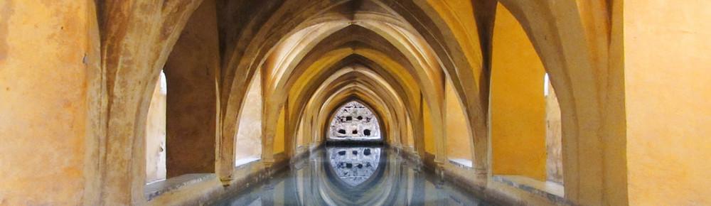 Baths of the Alcázar in Seville, Spain / Los Baños del Alcázar de Sevilla, España