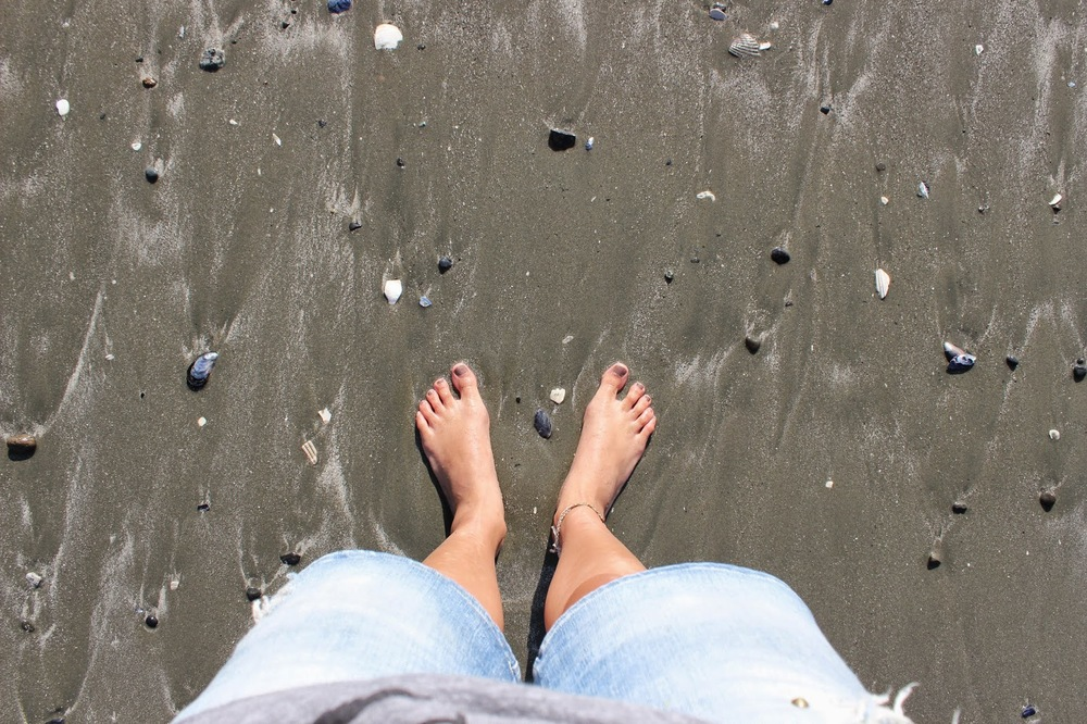 feet%2B0.JPG