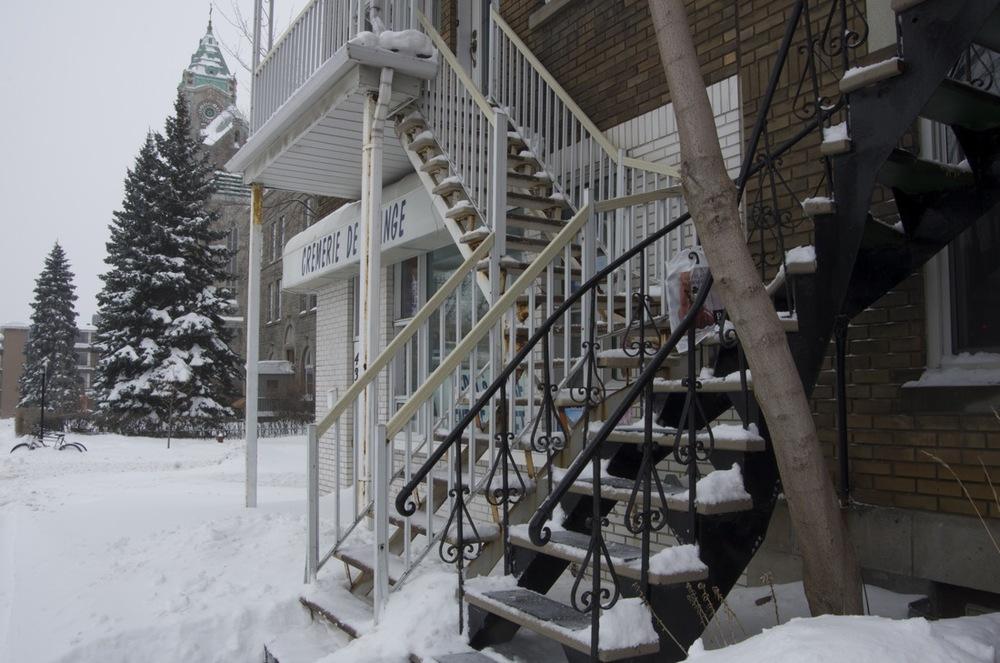 Deux escaliers, rue Laurier