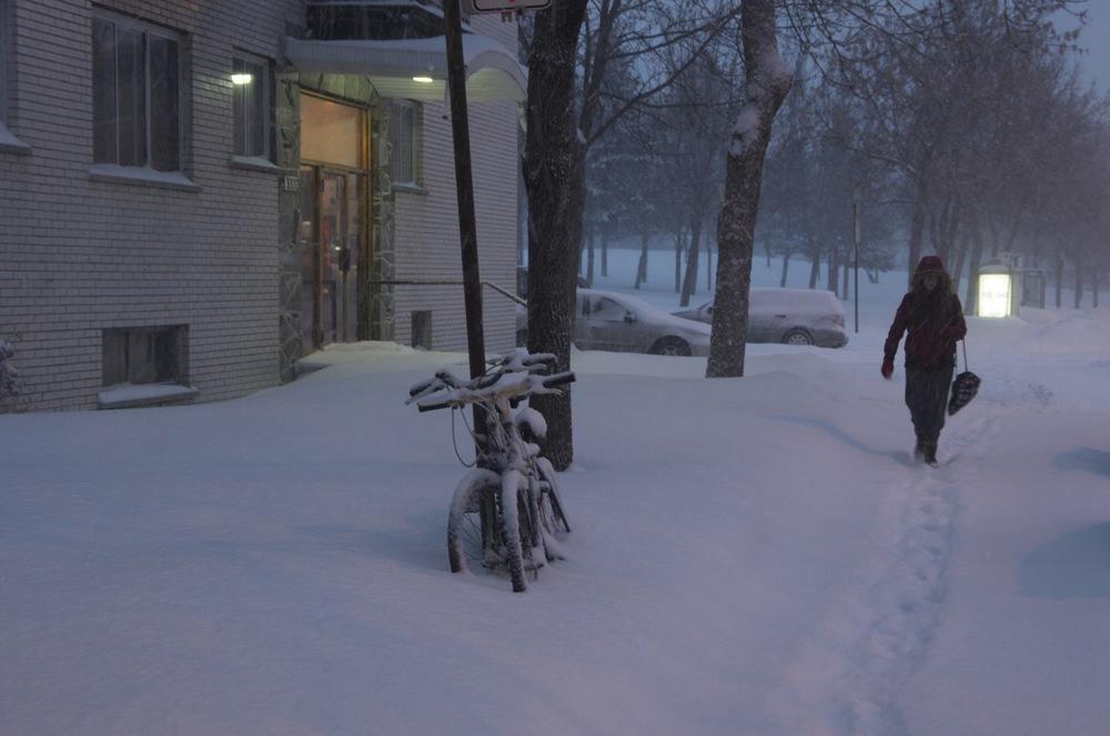 Dans la neige, boulevard St-Joseph Est