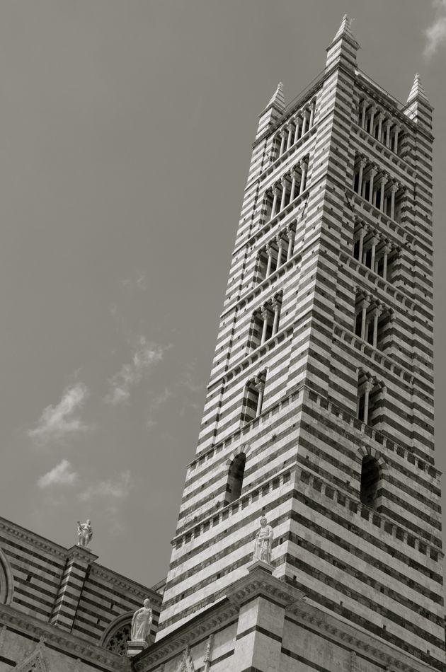 Il campanile di Santa Maria Assunta
