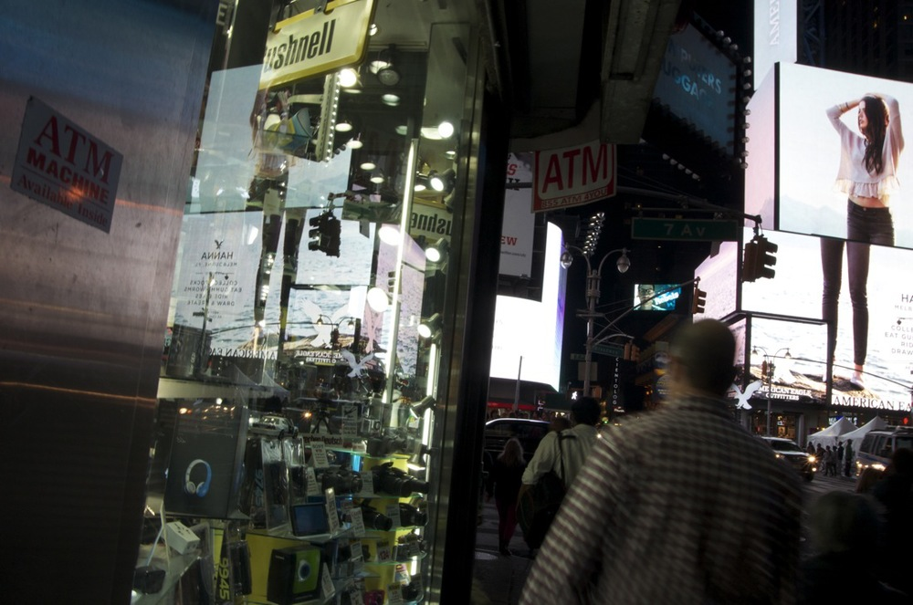 Midnight on Times Square, Series 13, 2/3