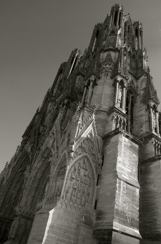 commenter >  Cathédrale Notre-Dame de Reims  < comment