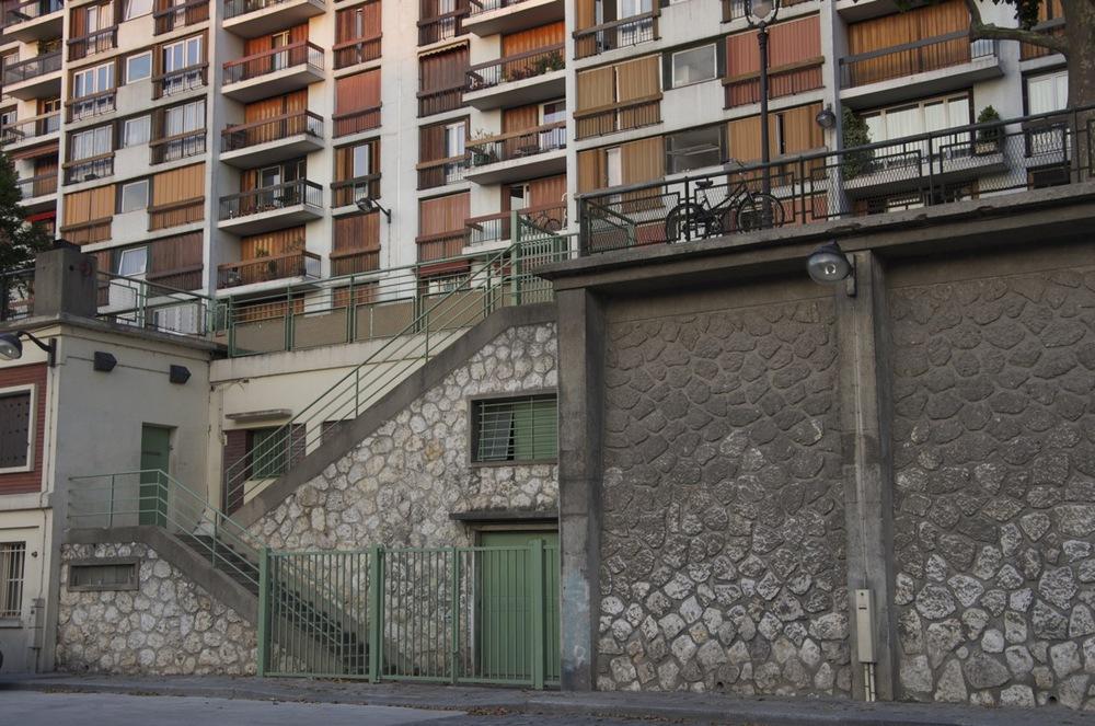 commenter >  Quai de Jemmapes, canal St-Martin, 1/2  < comment