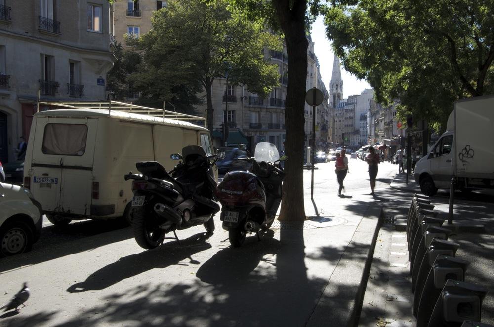 commenter >  Rue de Belleville, à la rue du Pré-St-Gervais  < comment
