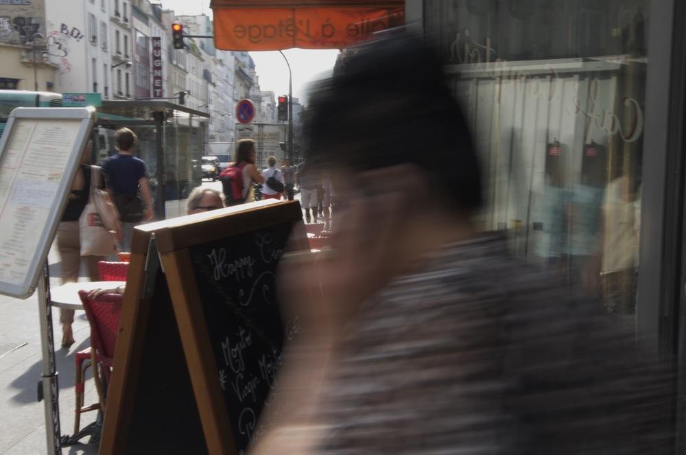 commenter >  Matinée, rue du Faubourg St-Antoine  < comment