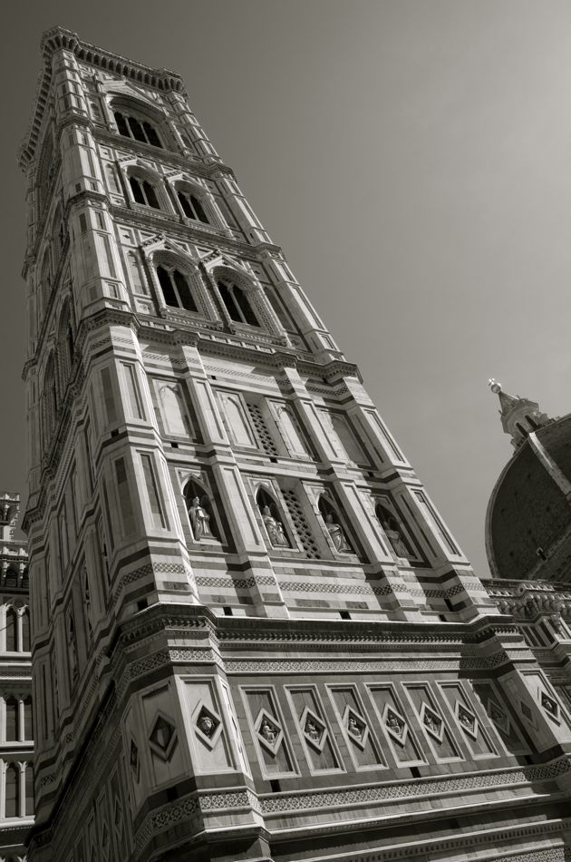 commenter >  Il campanile del Duomo < comment