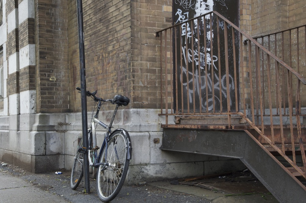 commenter >  Rue Maguire (bicyclette), 1/2  < comment