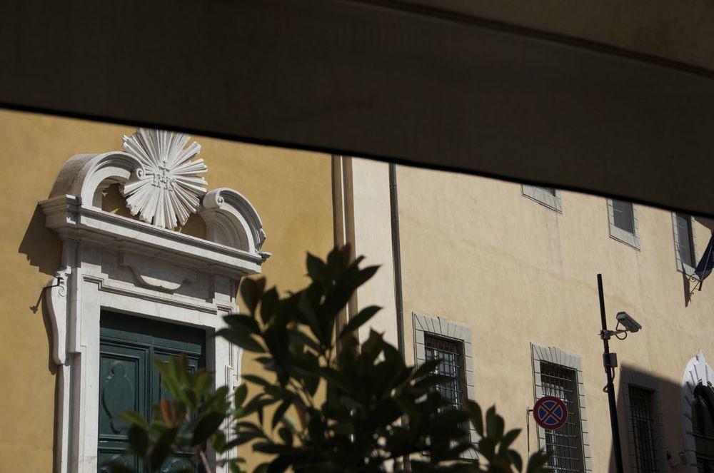commenter > Al caffe' Miami, Via Giosué Carducci < comment