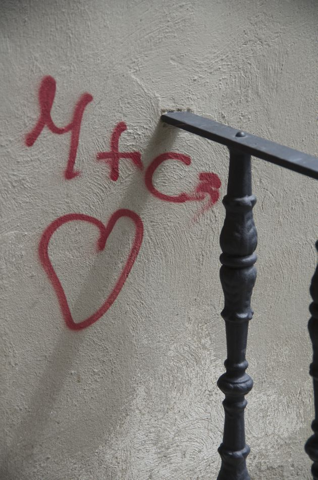 commenter >  M+C2 amore < comment