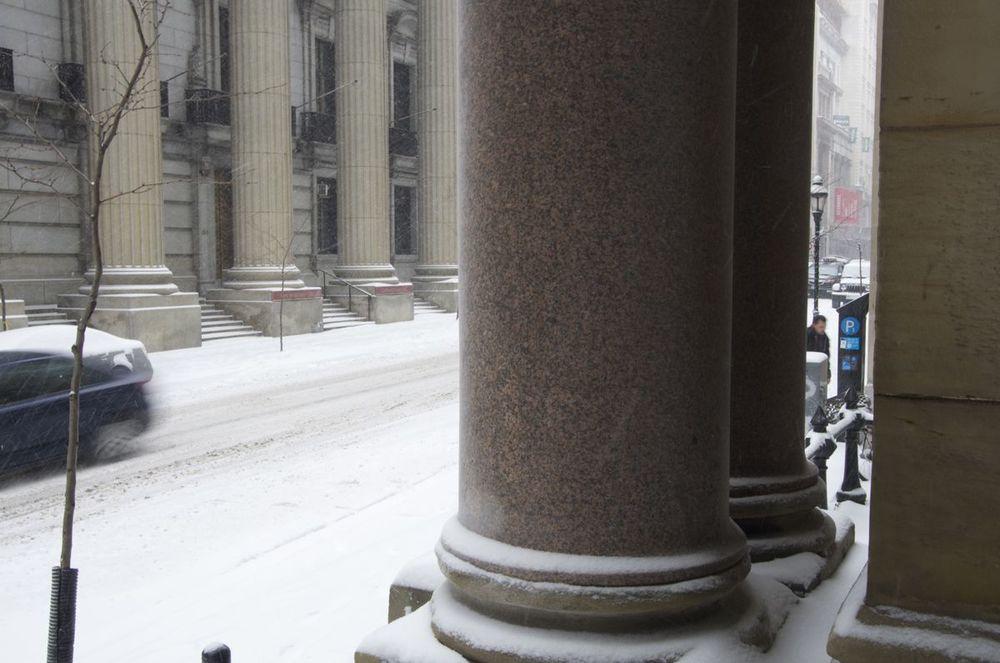 Rue St-Jacques (les colonnes Molson), 2/2