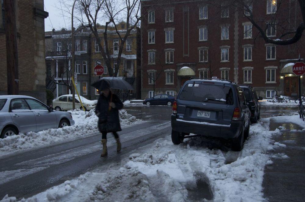 commenter >  Rue Napoléon (pluie, neige, tombée du jour), 1/2  < comment