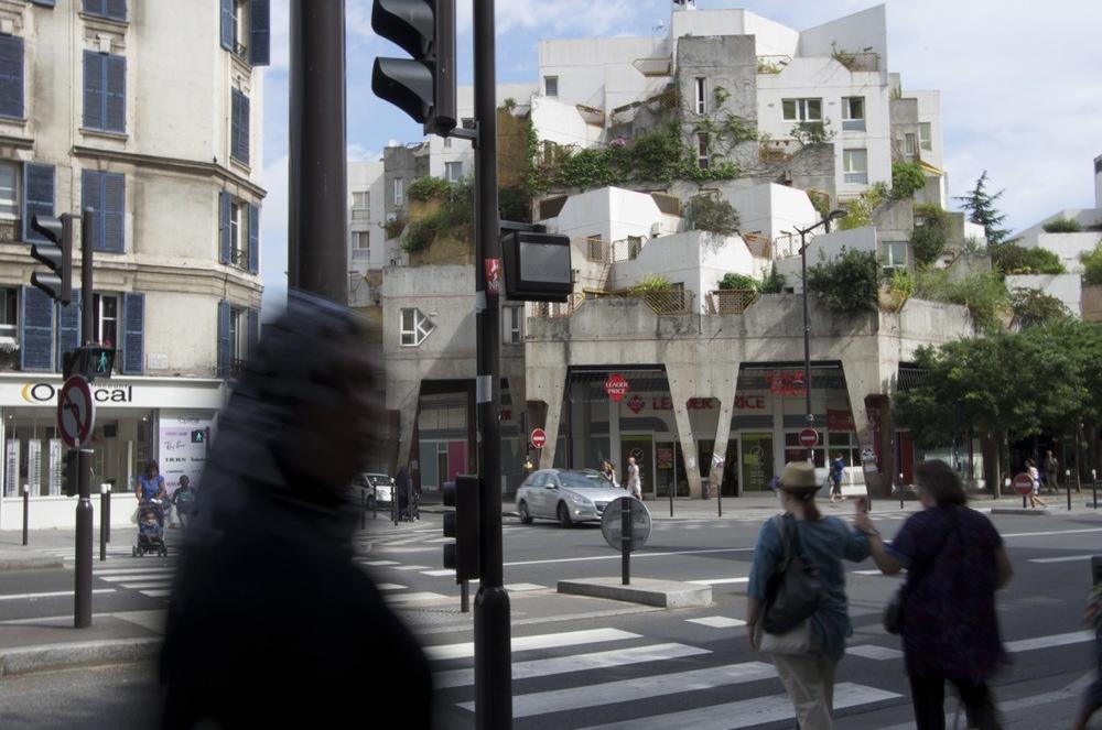 À la rue Gabriel Péri, avenue Georges-Gosnat, Ivry-sur-Seine