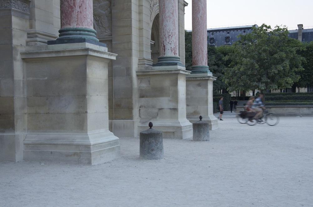À l'Arc de triomphe de la Place du Carrousel