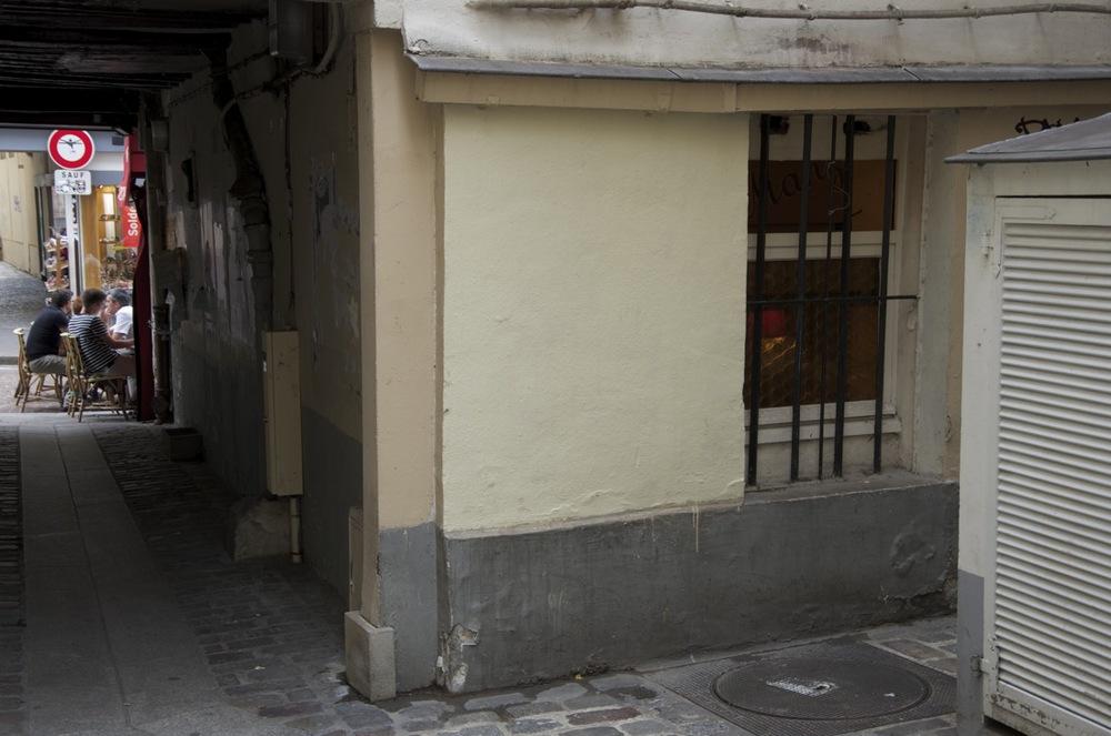 Passage des Postes, à la rue Mouffetard