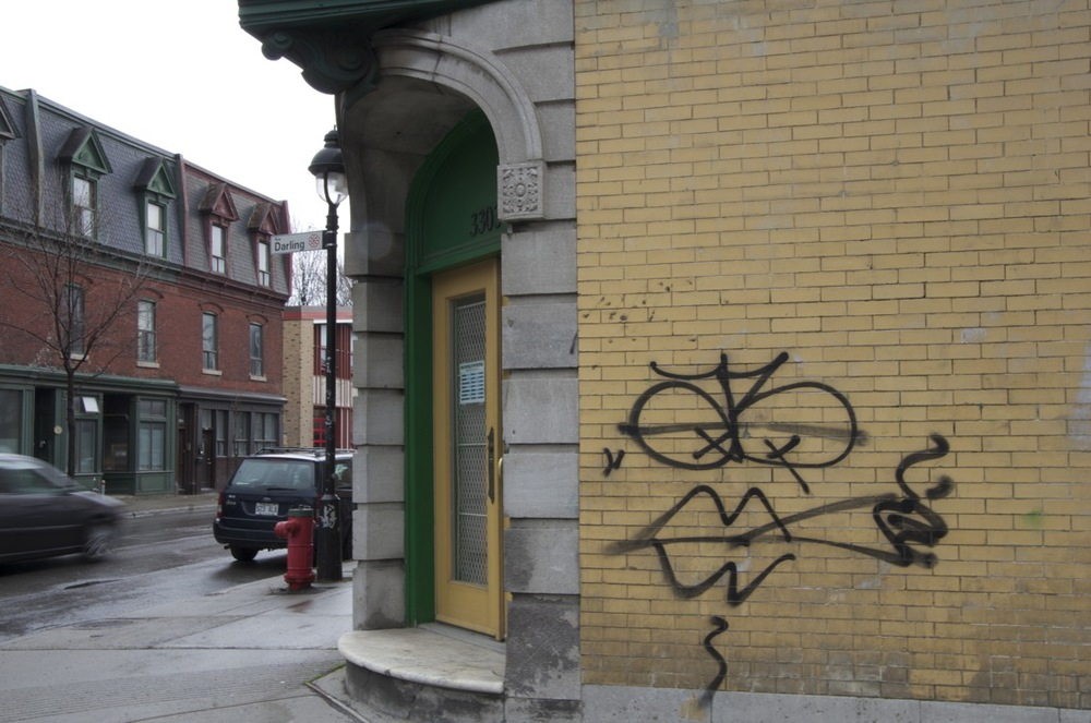 Grafitti, au coin des rues Darling et Ste-Catherine