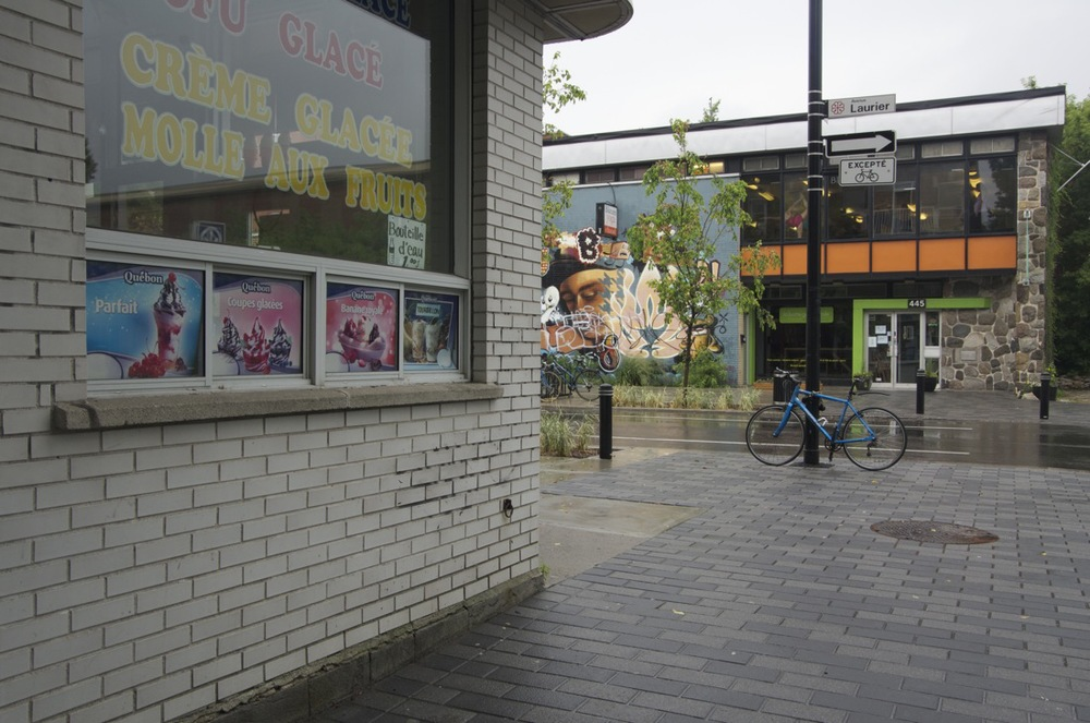 Murale, coin de la rue Rivard et de l'avenue Laurier