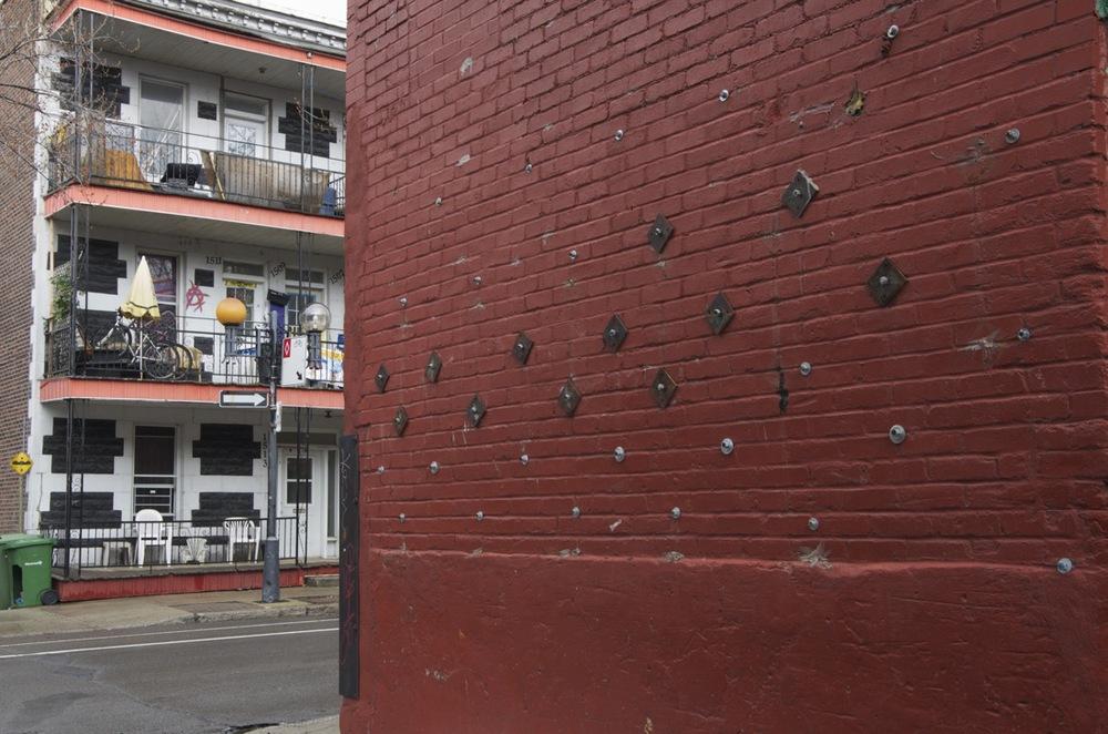 Les balcons d'en face, ruelle à la rue Davidson