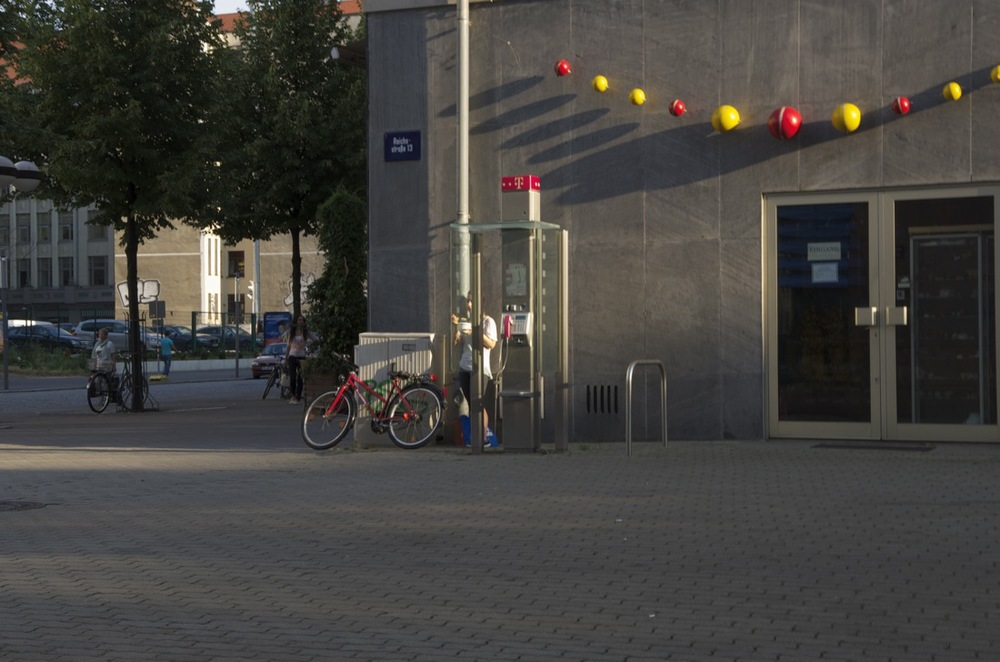 Bälle, Reichsstraße