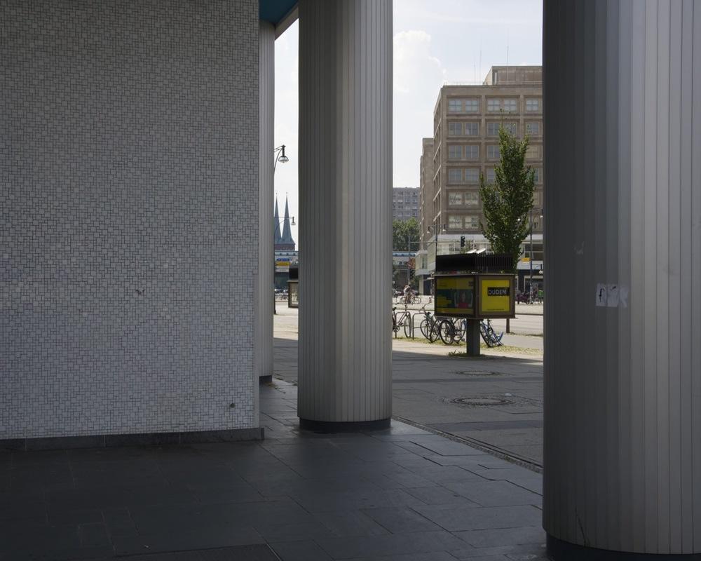 Kolonade an dem Alexanderplatz, Karl-Marx-Allee
