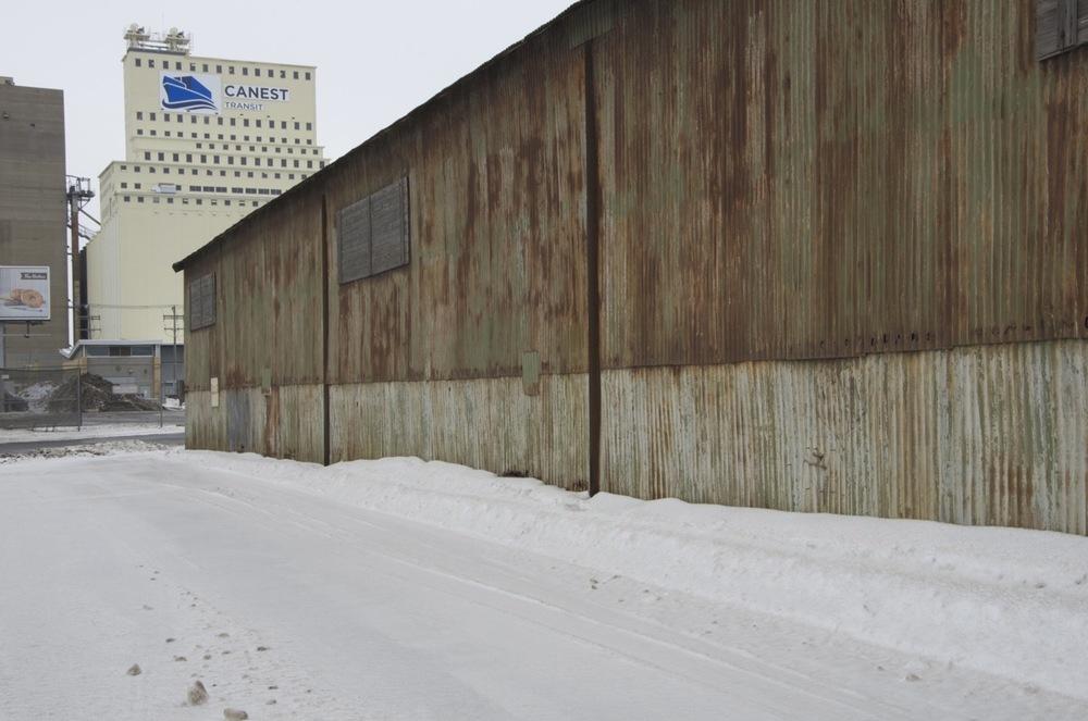 Hangar près de l'élévateur à grain Miron, rue Notre-Dame Est