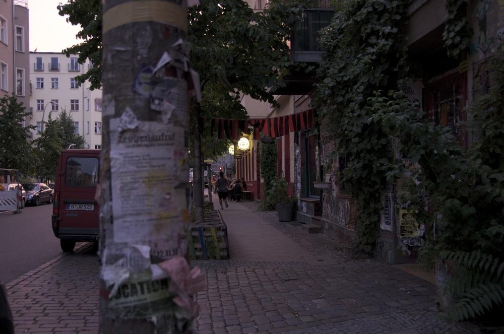 Samariterstraße, am Abend, Friedrichshain
