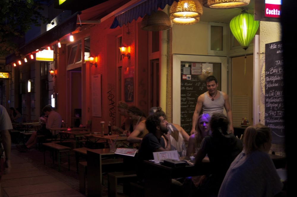 Nachtleben, Krossenerstraße