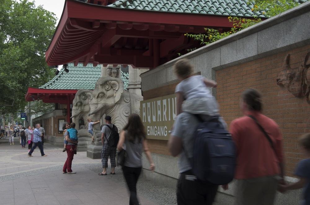 Am Zoologischer Garten Eingang, Budapester Straße