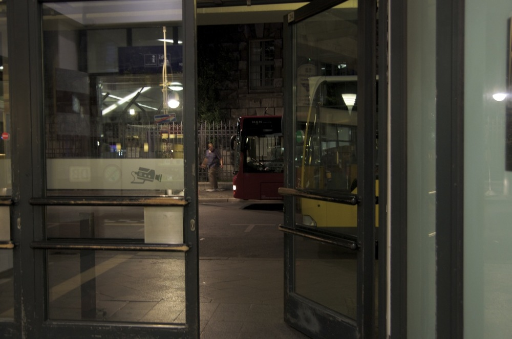 Bus, Bahnhoff Zoo