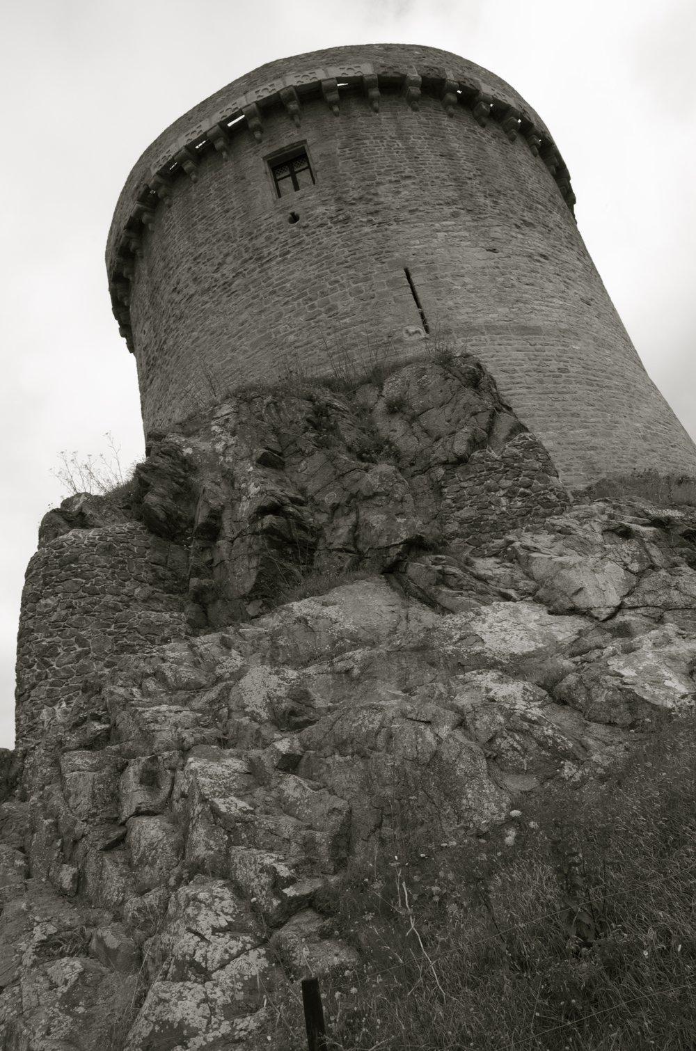 Le donjon, Fort la Latte
