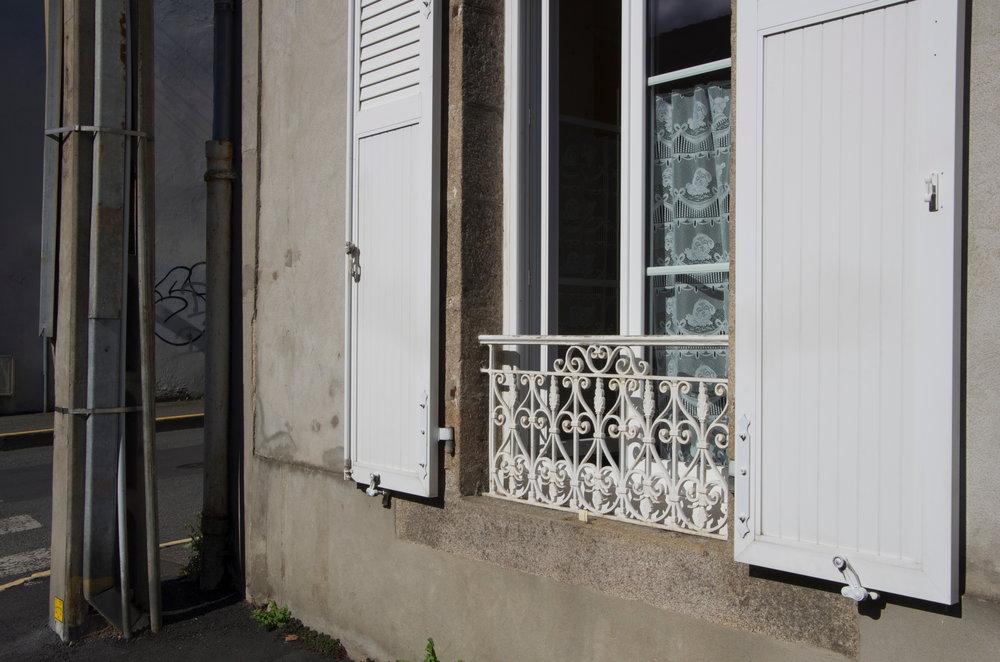 Fenêtre, rue St-Malo, Dinan