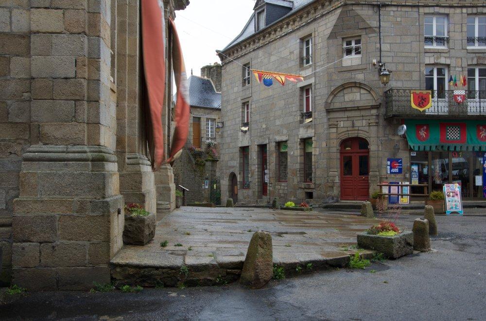 Place de Penthièvre, Moncontour