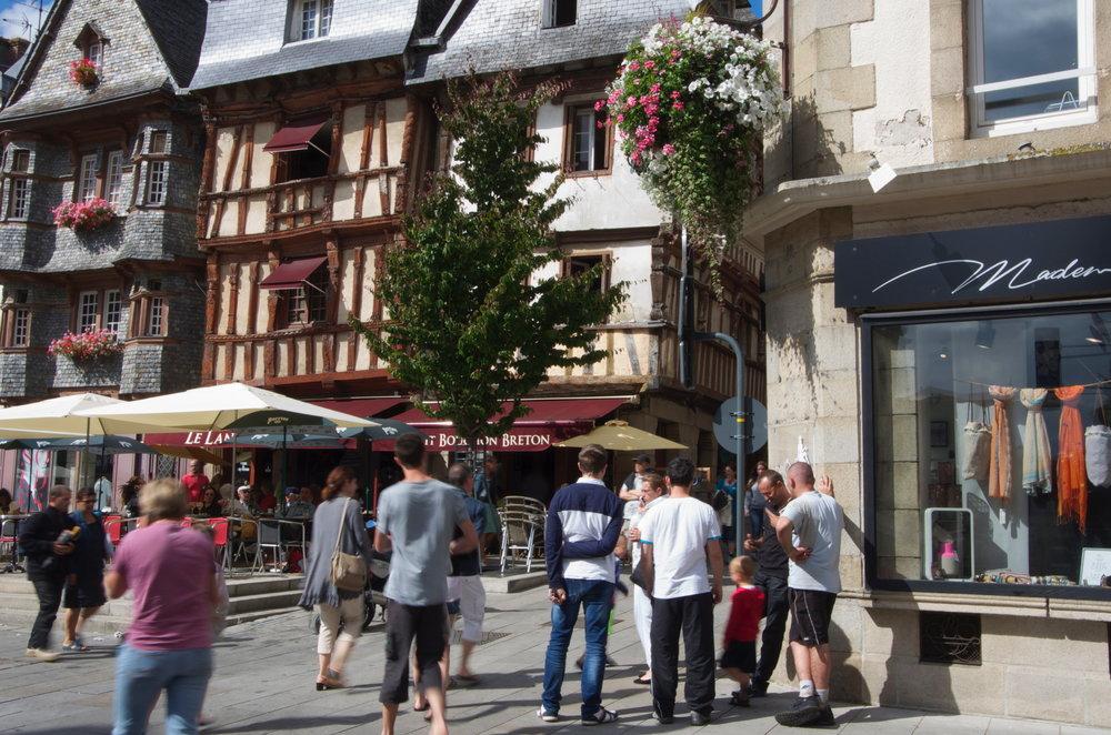 Place du Général Leclerc, Lannion