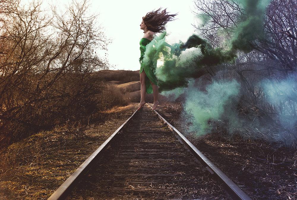 Saskatchewan_Smoke_Grenade_Photography_DWVPhotoworks_Smoke_Bombs_Levitation_Photography_026.jpg