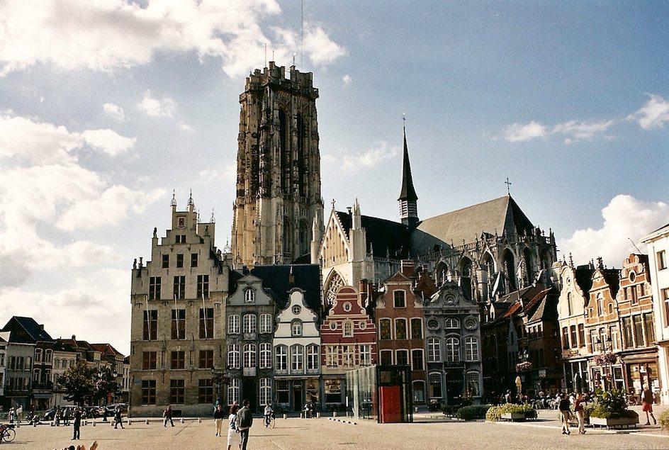 Springkasteel huren Mechelen
