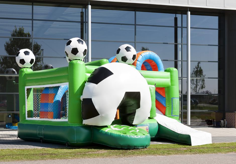 springkasteel-multiplay-voetbal-2-940x652.jpg