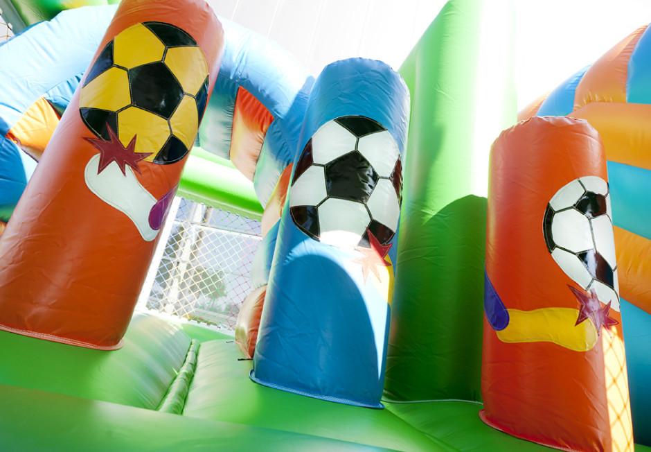 springkasteel-multiplay-voetbal-5-940x652.jpg