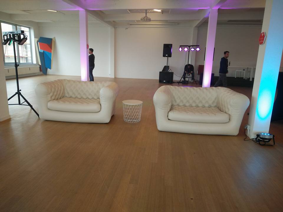 lounge zetel chesterfield.jpg
