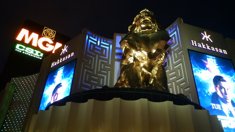 A huge, multi-storey gold lion stands guard outside the MGM Grand.