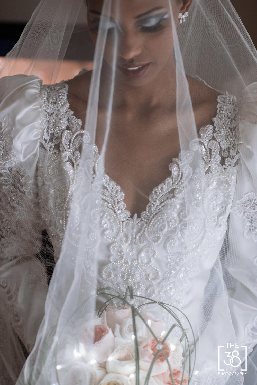 Calgary_wedding_portrait_photography-SaraJay-16.jpg