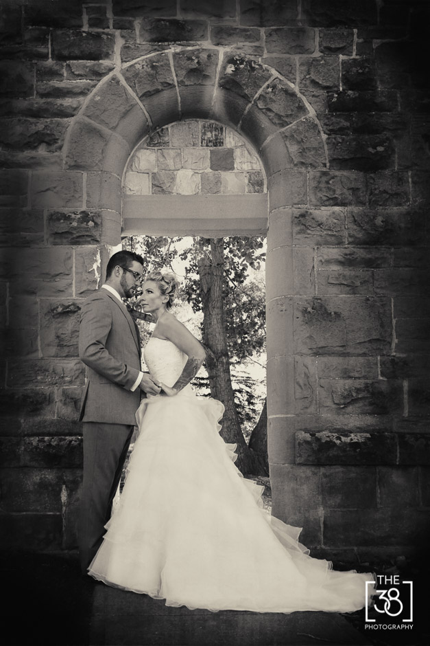 Calgary_wedding_portrait_photography-N&T_social-20.jpg