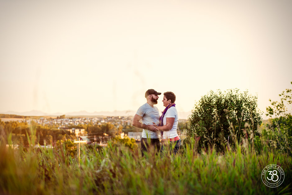 The38Photo_Calgary_wedding_photography-Okotoks_Engagement-3.jpg