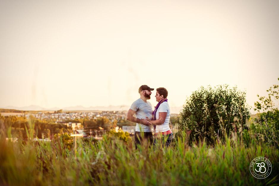 The38Photo_Calgary_wedding_photography-Okotoks_Engagement-3.jpg