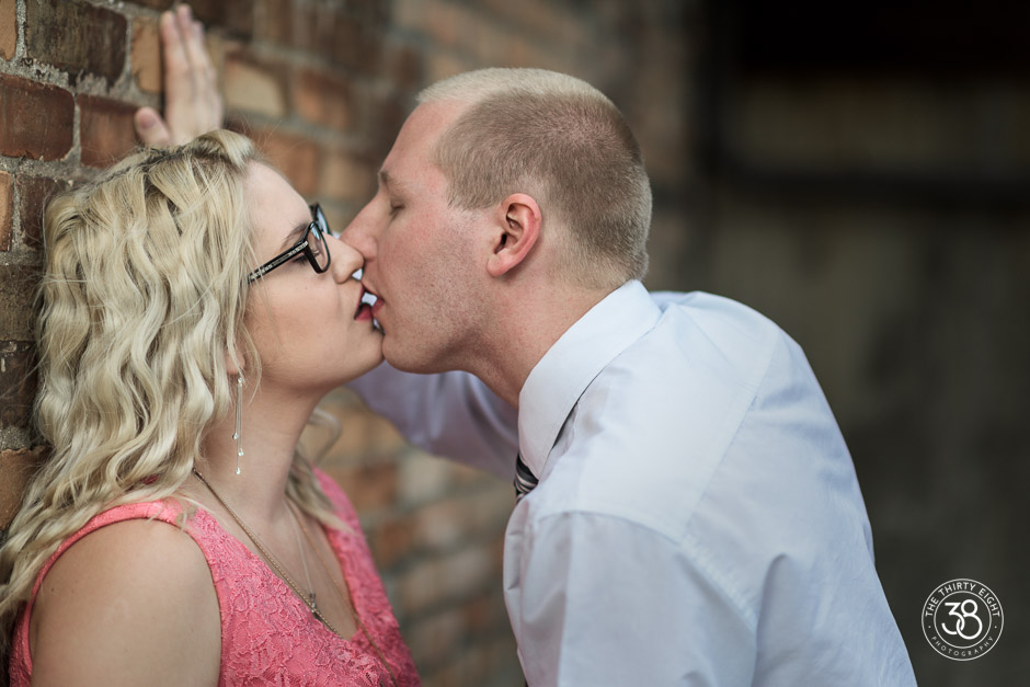 The38Photo_Calgary_wedding_photography-Inglewood_Engagement-15.jpg