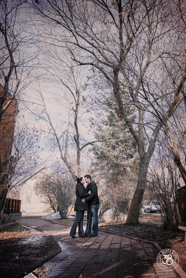 The38Photo_Calgary_wedding_photographer-Okotoks_Engagement-12.jpg