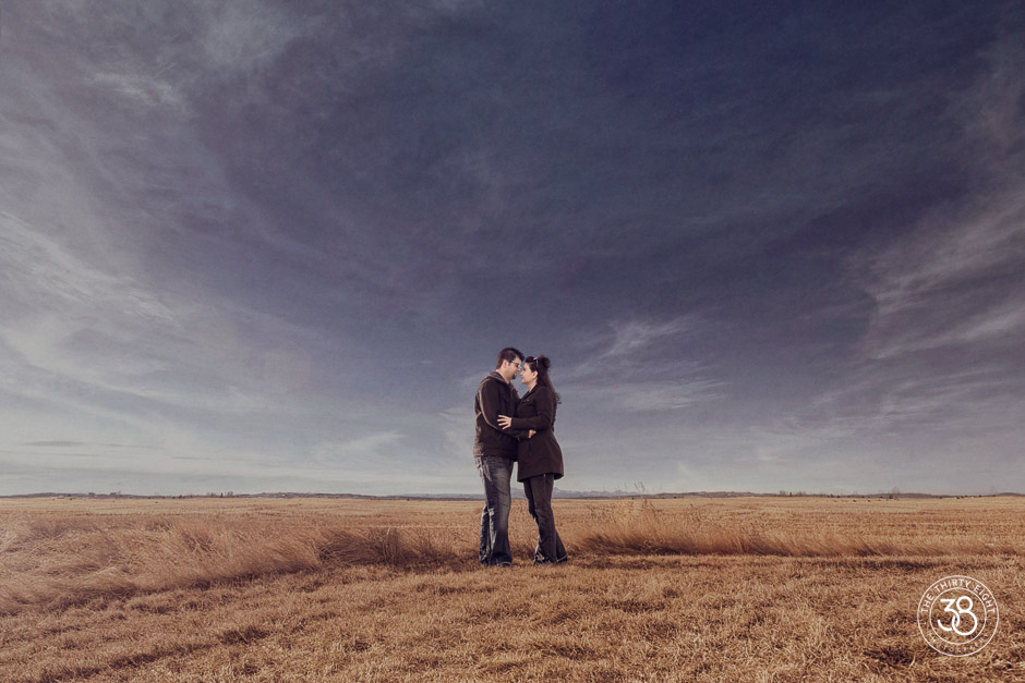 The38Photo_Calgary_wedding_photographer-Okotoks_Engagement-21.jpg