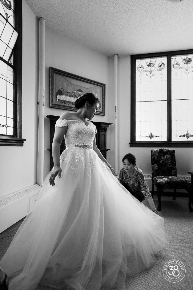 The38Photo_Calgary_wedding_photographer_Church_wedding4.jpg