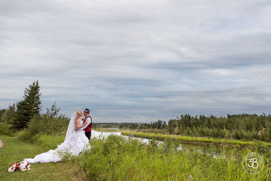 The38Photo_RedDeerWedding-24.jpg