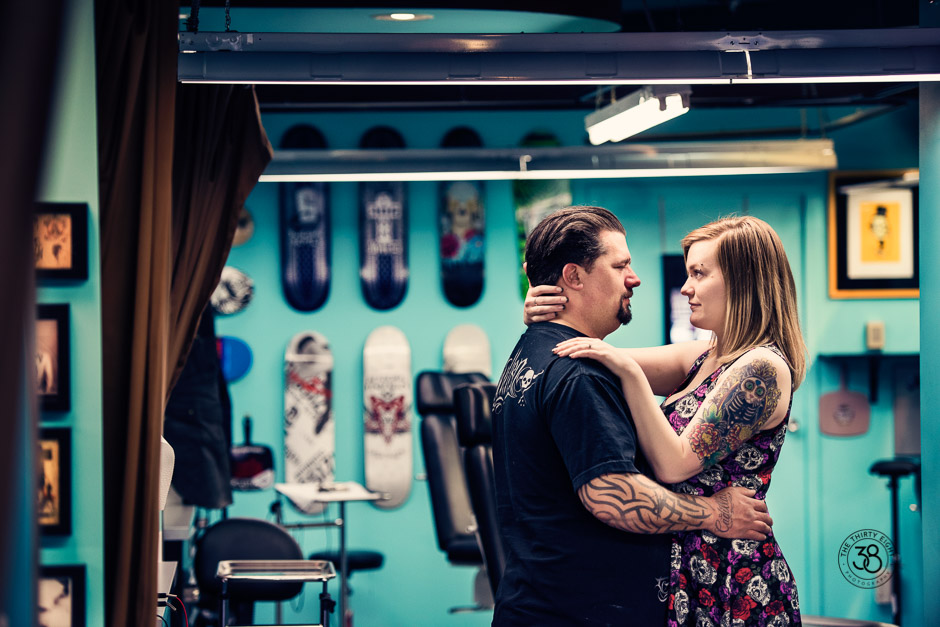 The38Photo_Engagement_session_tattoo_4.jpg
